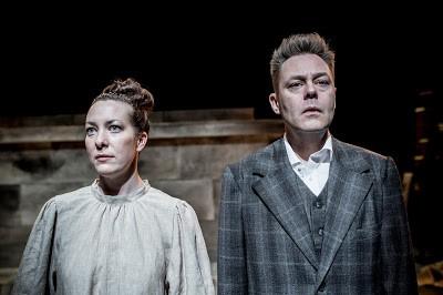 Anmeldelse: Anne Marie gift Carl-Nielsen, Teater V (gæstespil af Mungo Park Kolding)