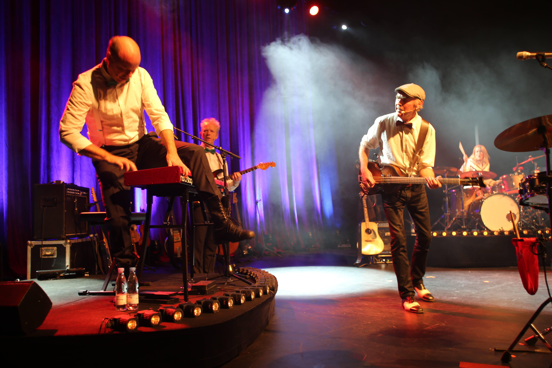 Anmeldelse: De Nattergale – Æ juletur 2015 (turné)