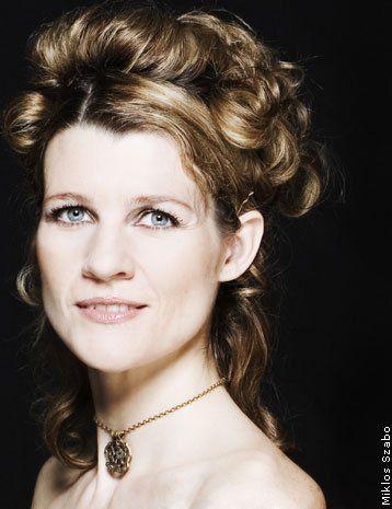 Spotlight: Louise Fribo