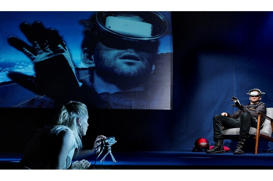 Anmeldelse: Impossible, Husets Teater