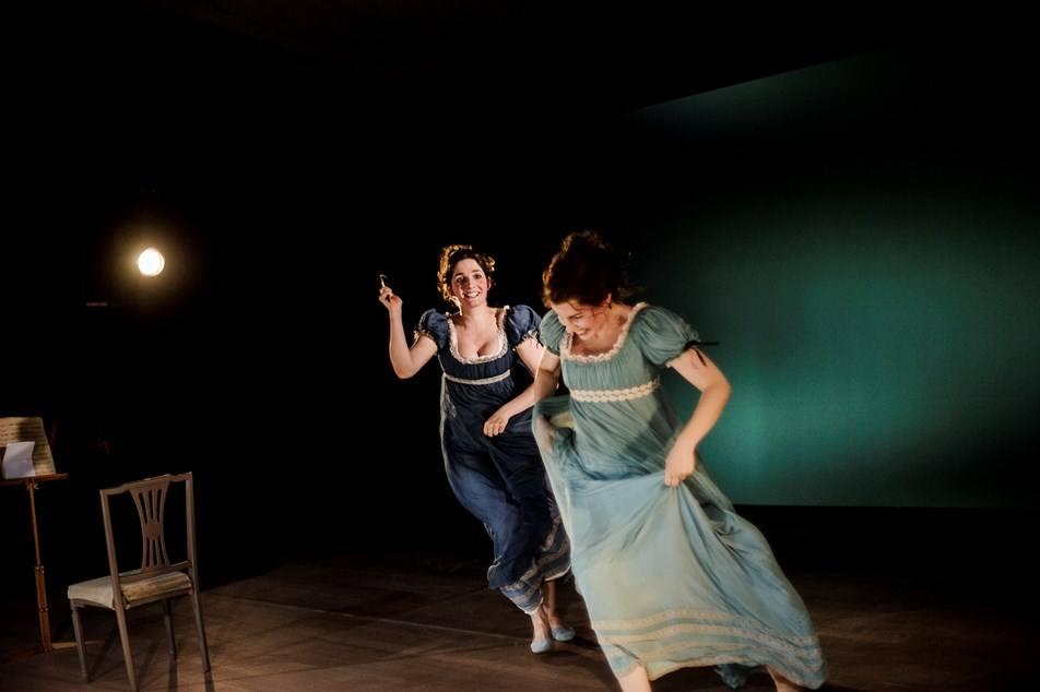 Anmeldelse: Fornuft og følelse, Aarhus Teater