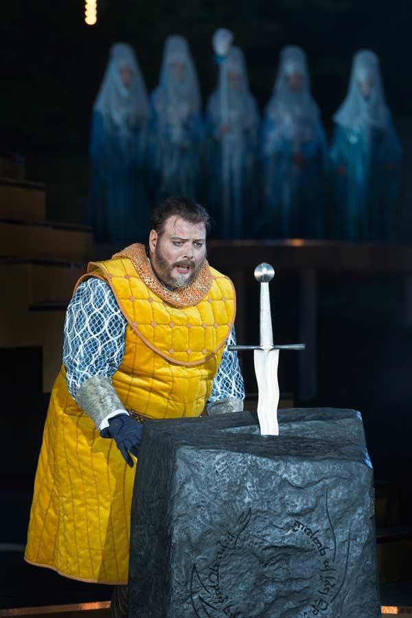 Anmeldelse: Kong Arthur, Det Kongelige Teater – Ulvedalene