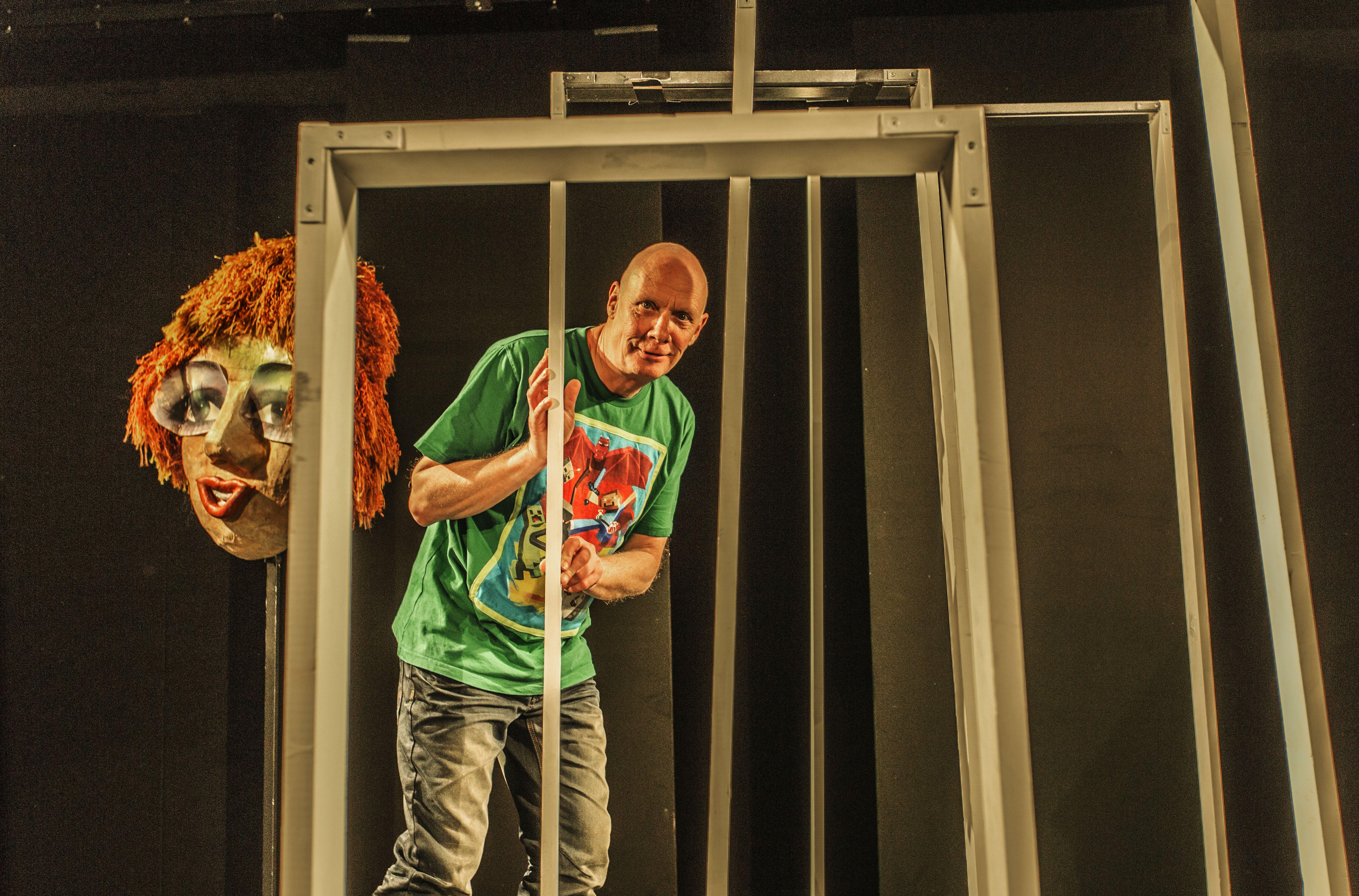 Anmeldelse: Miras verdener, ZeBU (Teatret Fair Play)