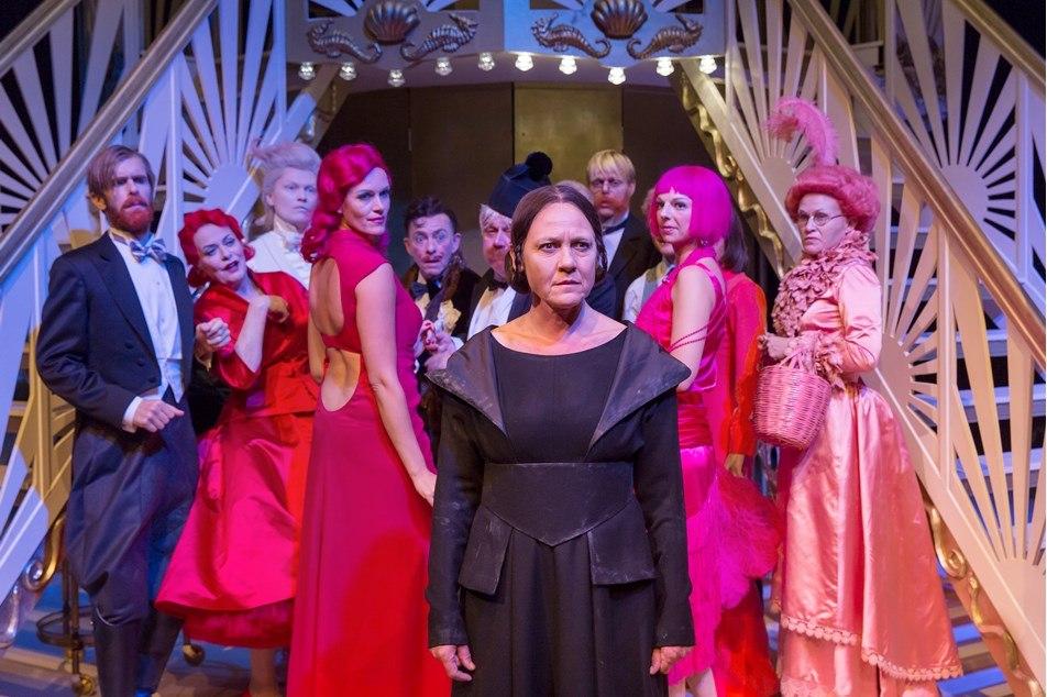 Anmeldelse: En kvinde uden betydning, Aarhus Teater