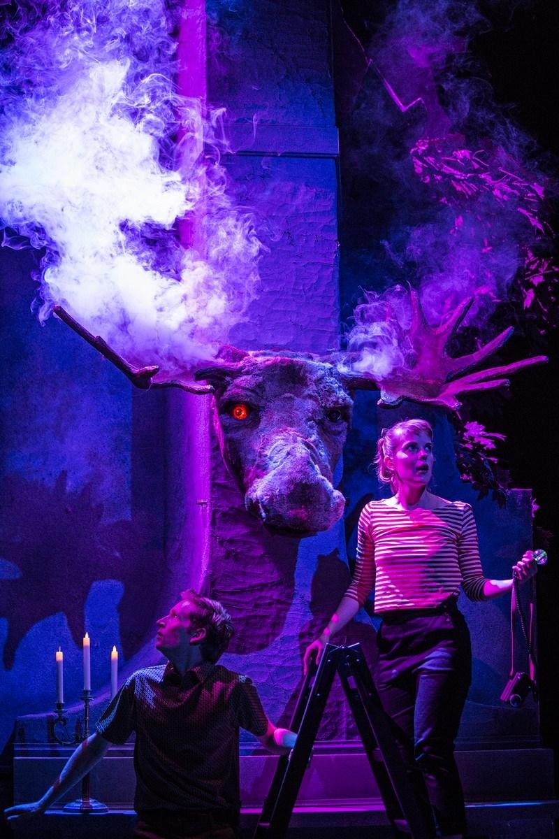 """""""Fakiren fra Bilbao"""" Foto: Emilia Therese - Århus Teater"""