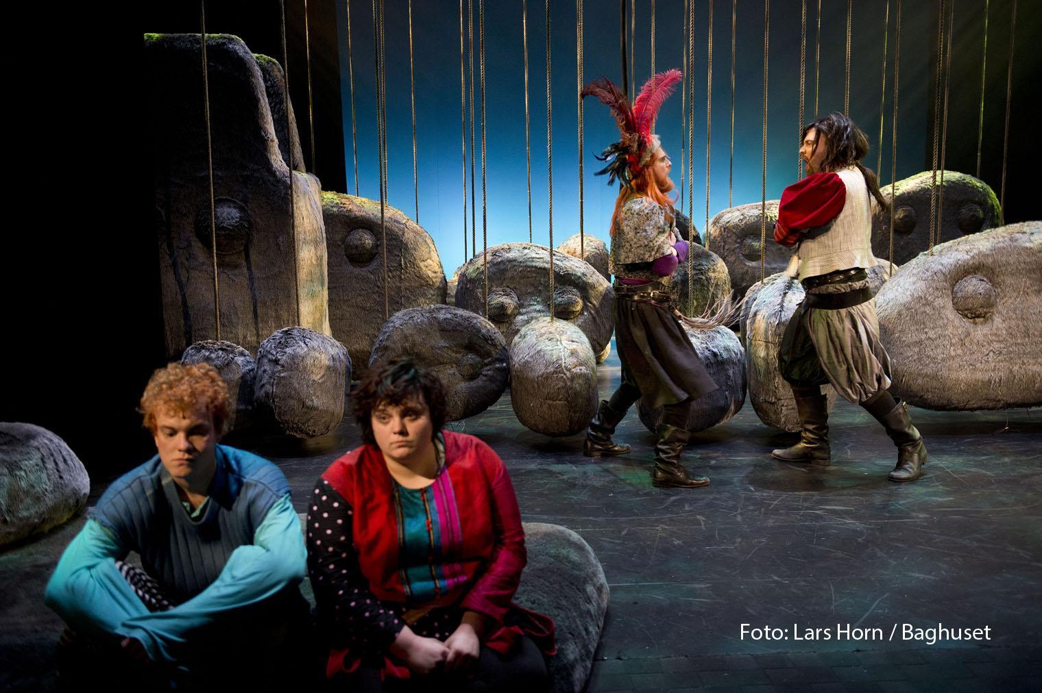 Anmeldelse: Ronja Røverdatter, Aalborg Teater