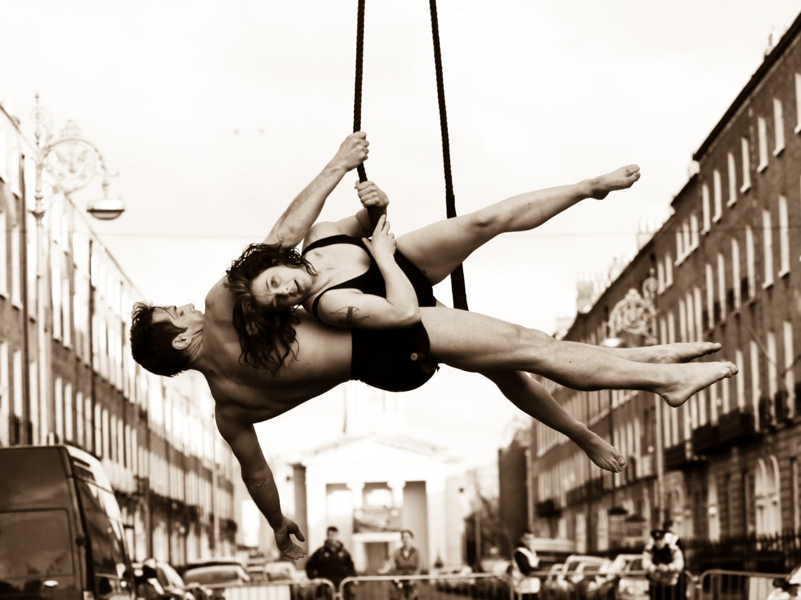 Anmeldelse: Hang On, Fidget Feet Aerial Dance Theatre