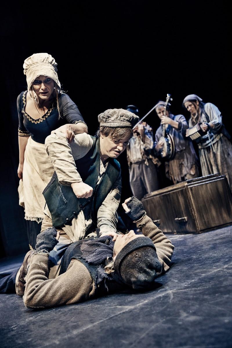 Anmeldelse: Oliver Twist, Odense Teater