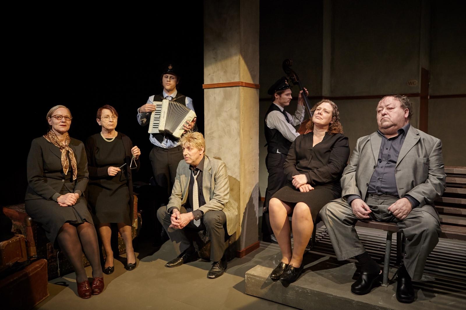 Anmeldelse: I fornuftens land, Vendsyssel Teater og Teatret Møllen