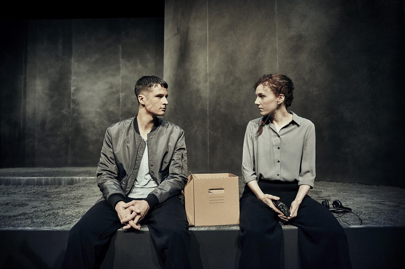Anmeldelse: Forbrændt, Odense Teater