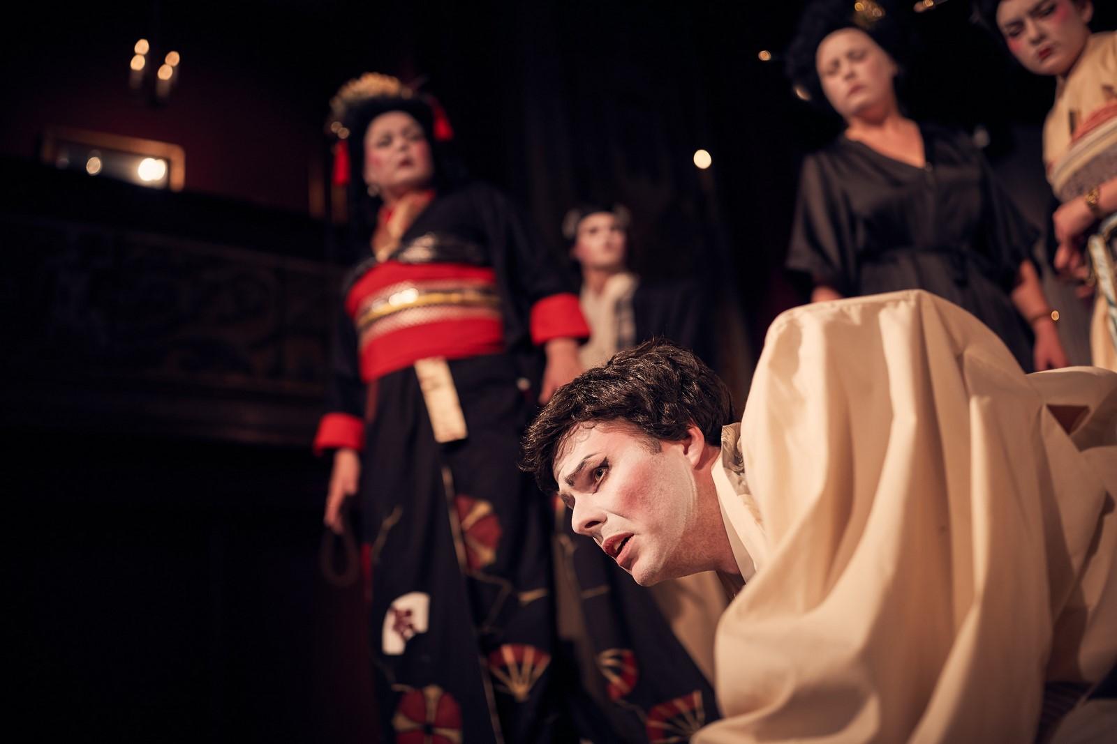 Anmeldelse: Mikadoen, Hofteatret (Operettekompagniet Polyhymnia)