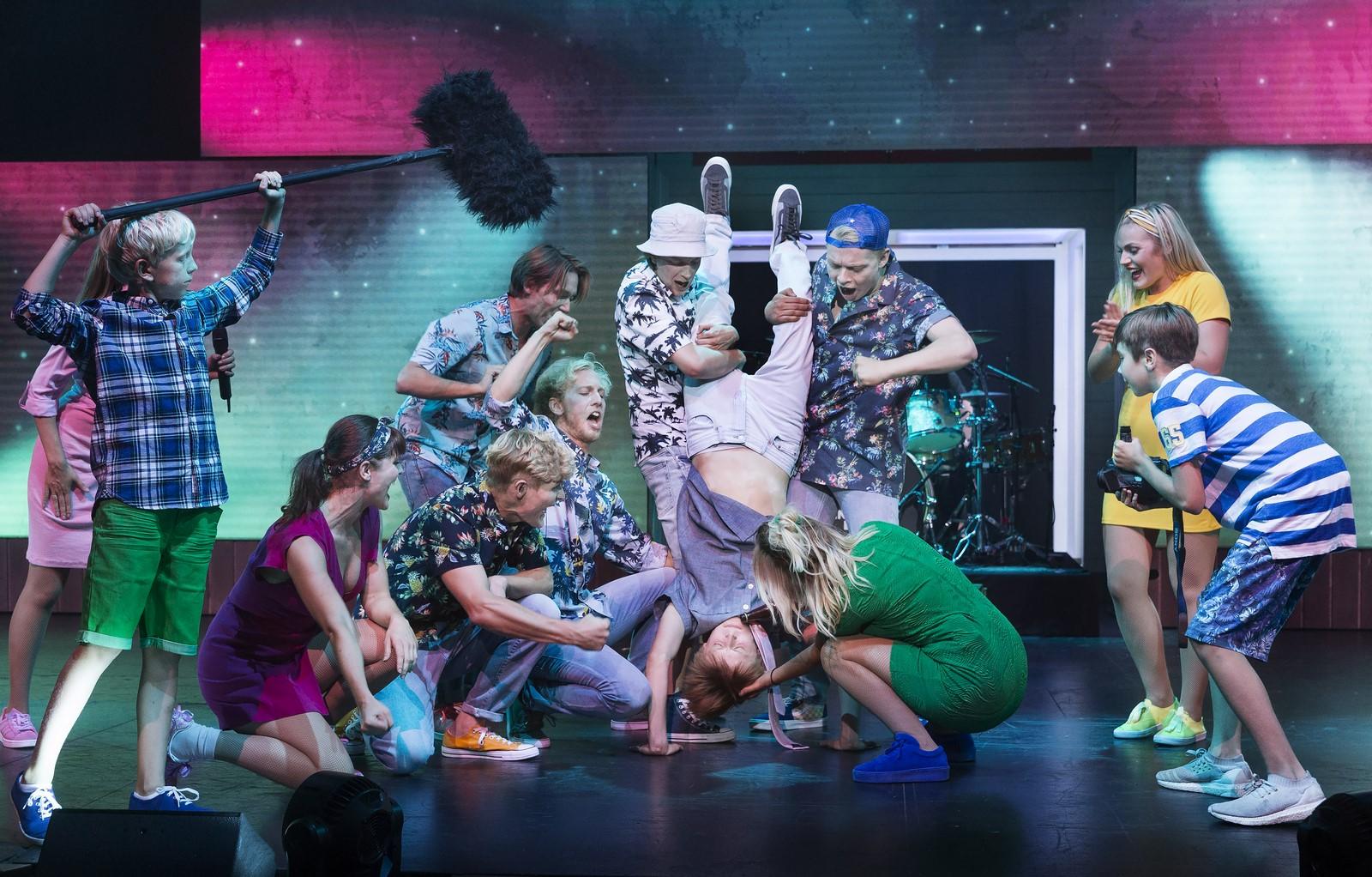 Anmeldelse: Kærlighed ved første hik – The musical, Tivoli (Langkjær Entertainment og Live Nation i samarbejde med Black Box Theatre)