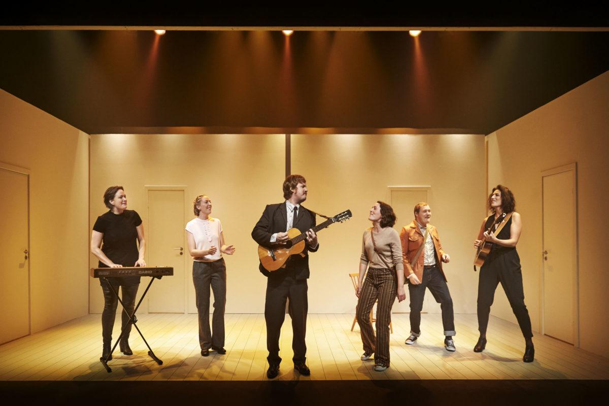 Anmeldelse: Lejlighed nr. 50, Team Teatret