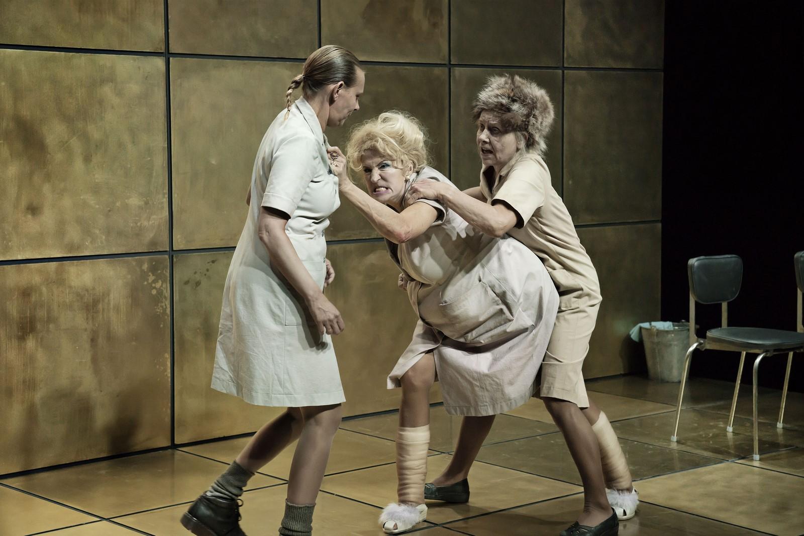 Anmeldelse: Præsidentinderne, Det Kongelige Teater