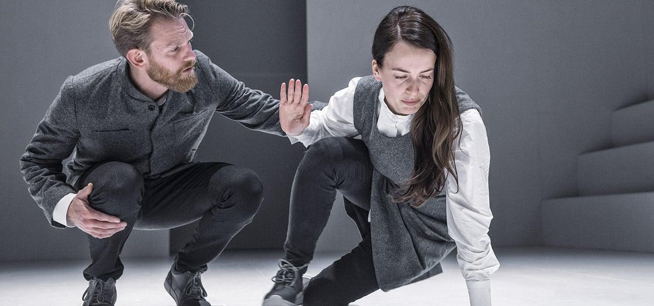 Anmeldelse: Mæt af dage, Teatret Svalegangen