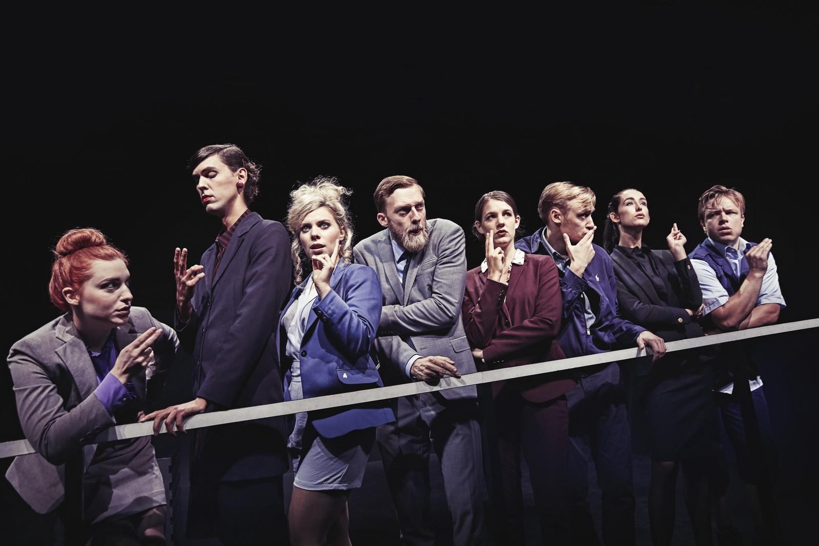 Anmeldelse: Skybrud, Odense Teater (Den Danske Scenekunstskole – Skuespilleruddannelsen i Odense)