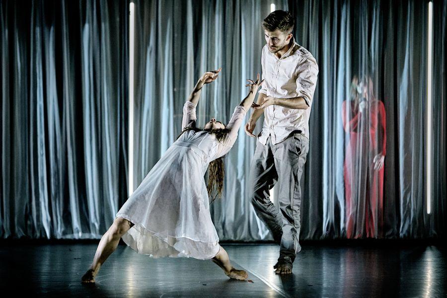 Anmeldelse: Elsker dig for evigt, Det Kongelige Teater (Black Box Dance Company og Musikhuset Aarhus)