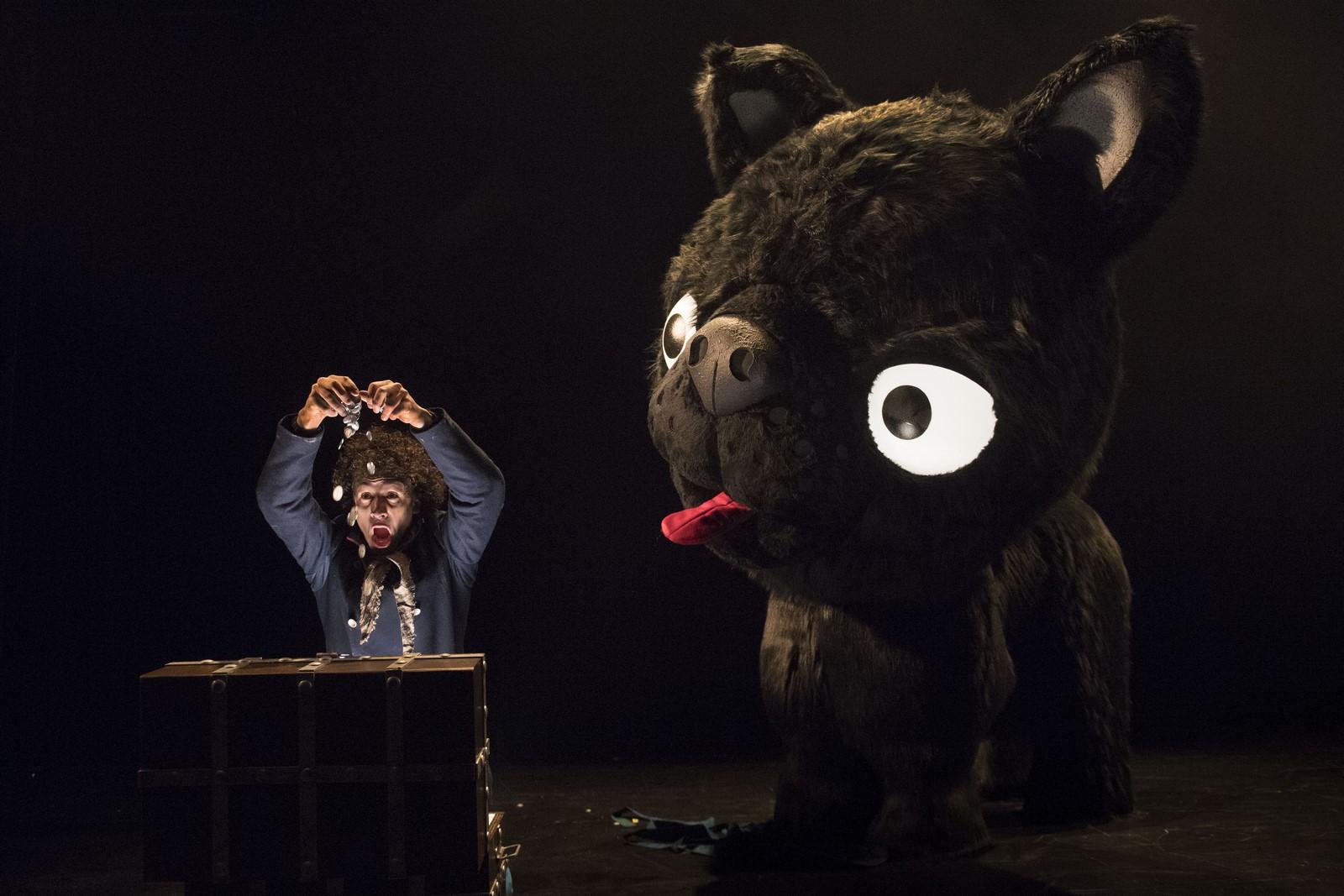 Anmeldelse: Fyrtøjet, Aalborg Teater