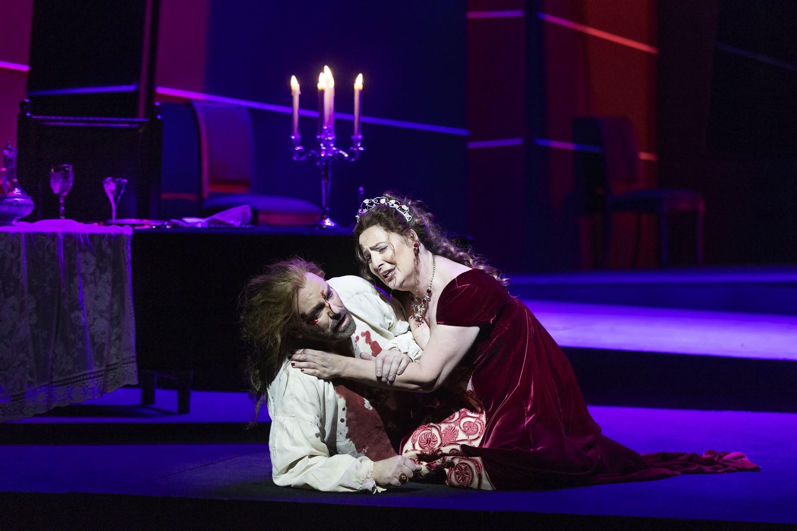 Anmeldelse: Tosca, Det Kongelige Teater