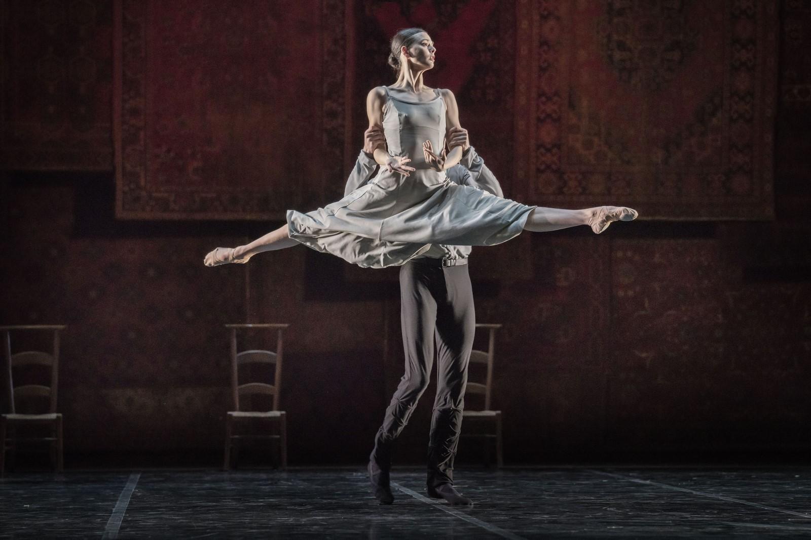 Anmeldelse: Ballet og bobler (2019), Det Kongelige Teater