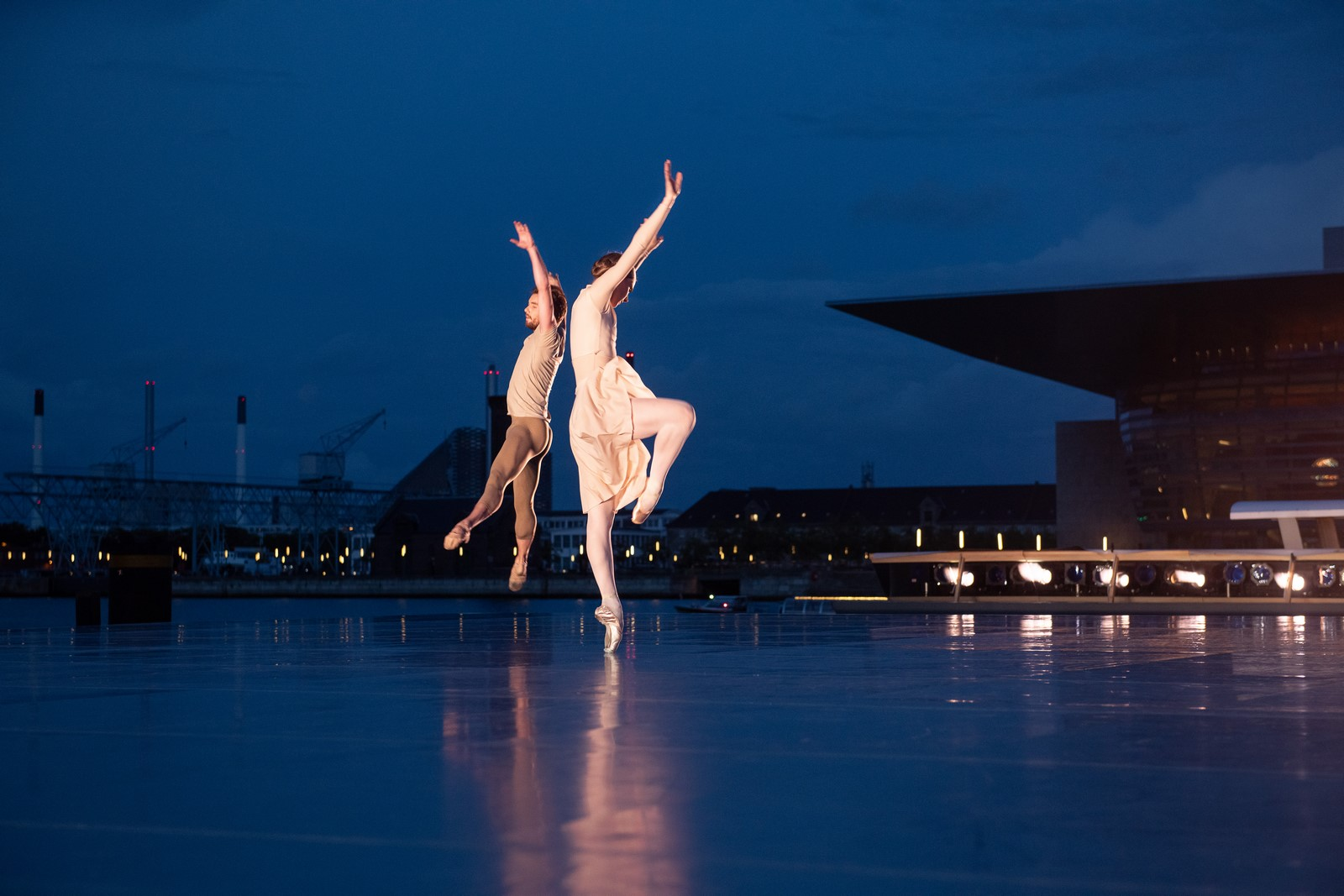 Anmeldelse: Copenhagen Summer Dance, Ofelia Plads (Dansk Danseteater)