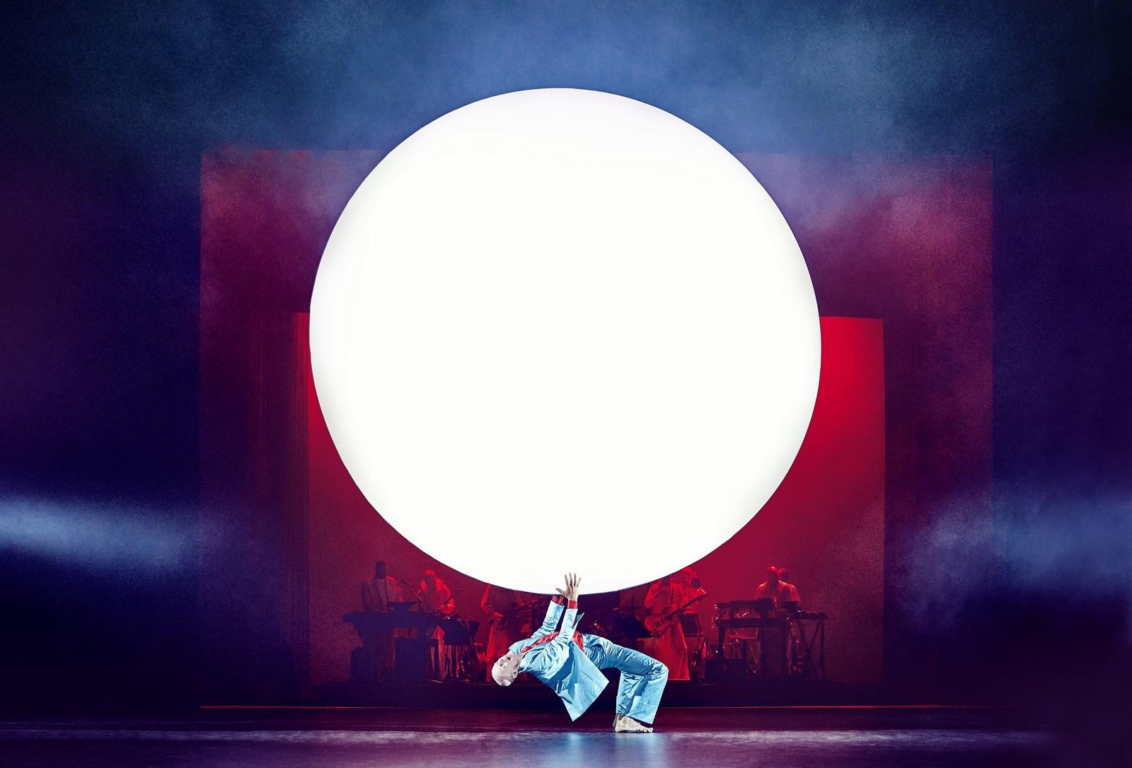 Anmeldelse: Lazarus, Aarhus Teater (Aarhus Teater, Det Kongelige Teater og Mikkel Rønnow)