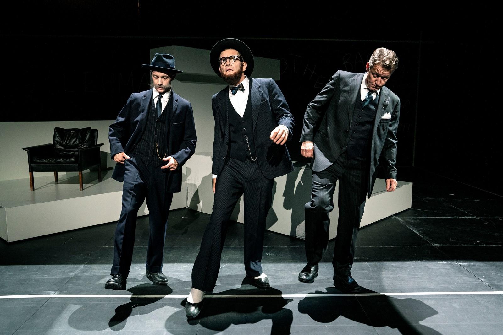 Anmeldelse: Lehman Brothers, Teater Republique