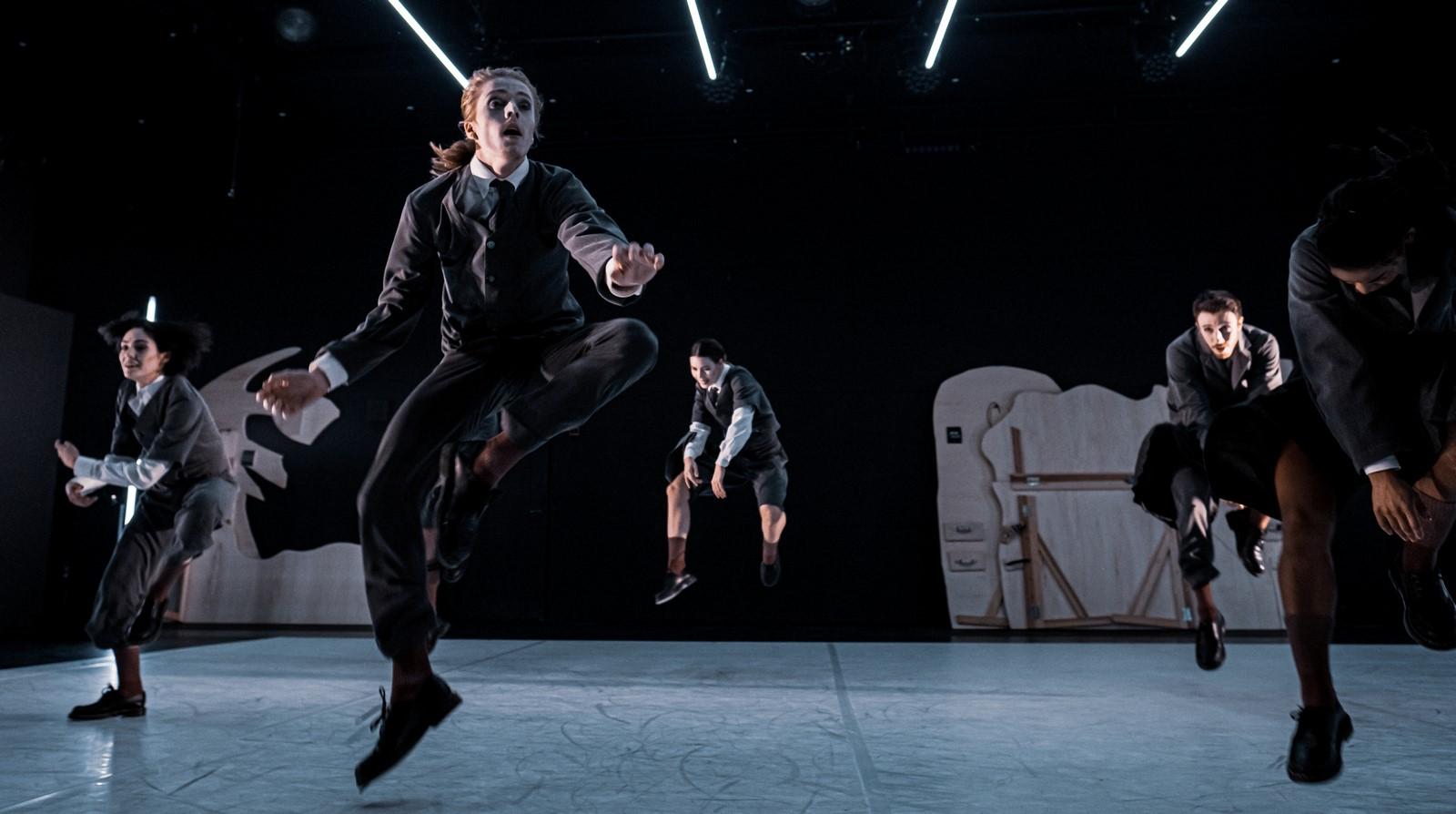 Anmeldelse: Nattergalen, Det Kongelige Teater (Dansk Danseteater)