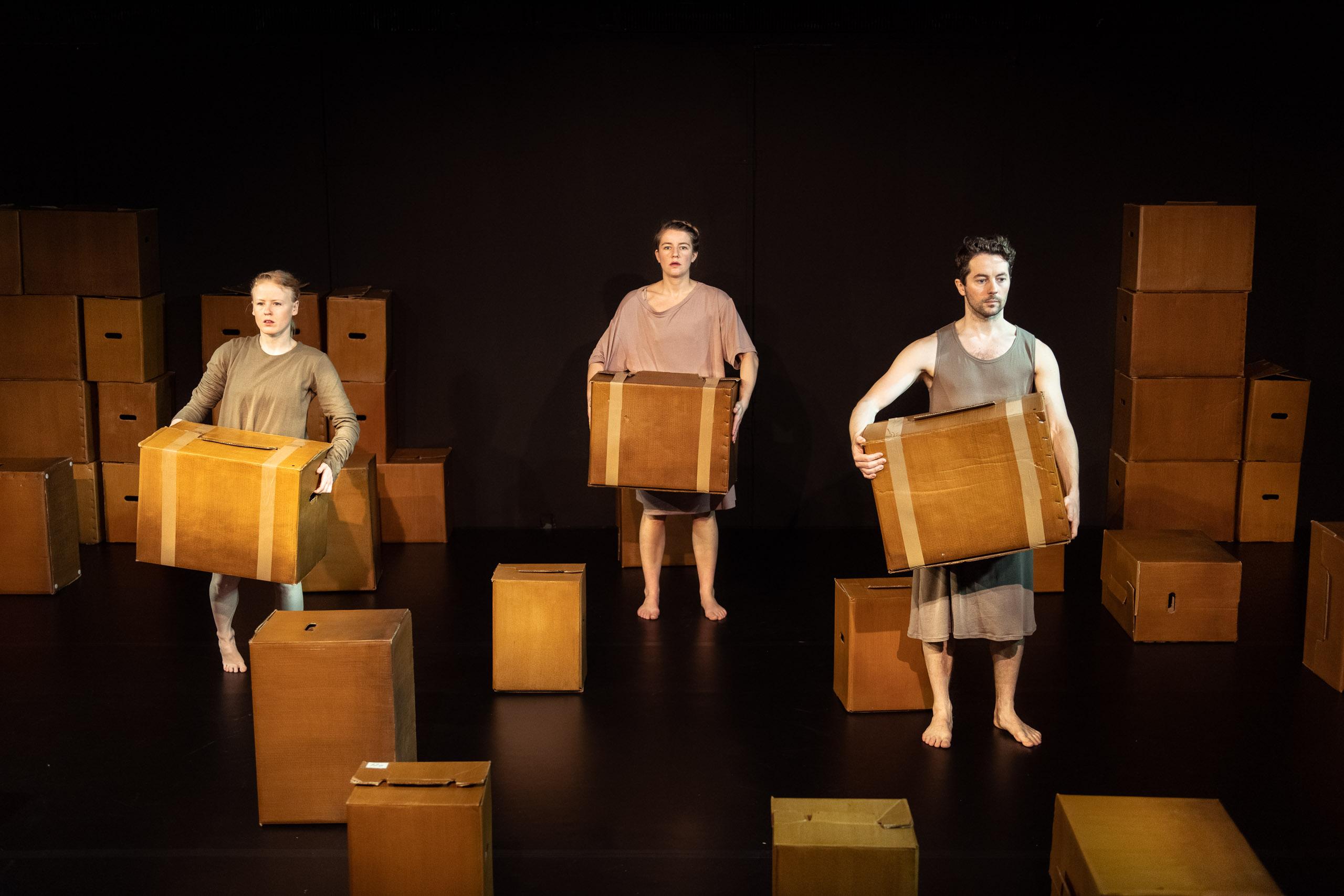Anmeldelse: En hel er en halv og to kvarte, Zangenbergs Teater (Gazart)