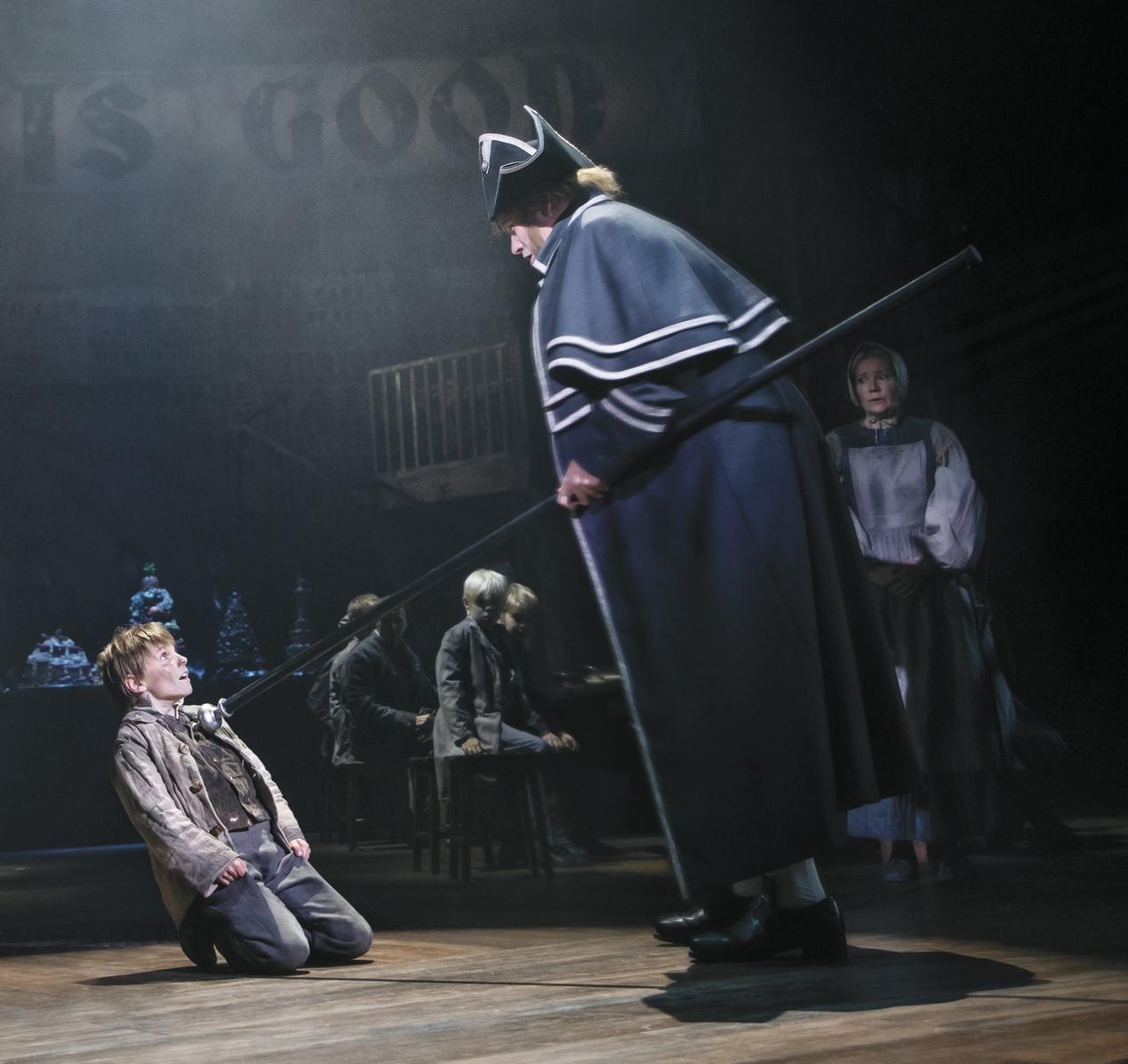 Anmeldelse: Oliver!, Det Ny Teater