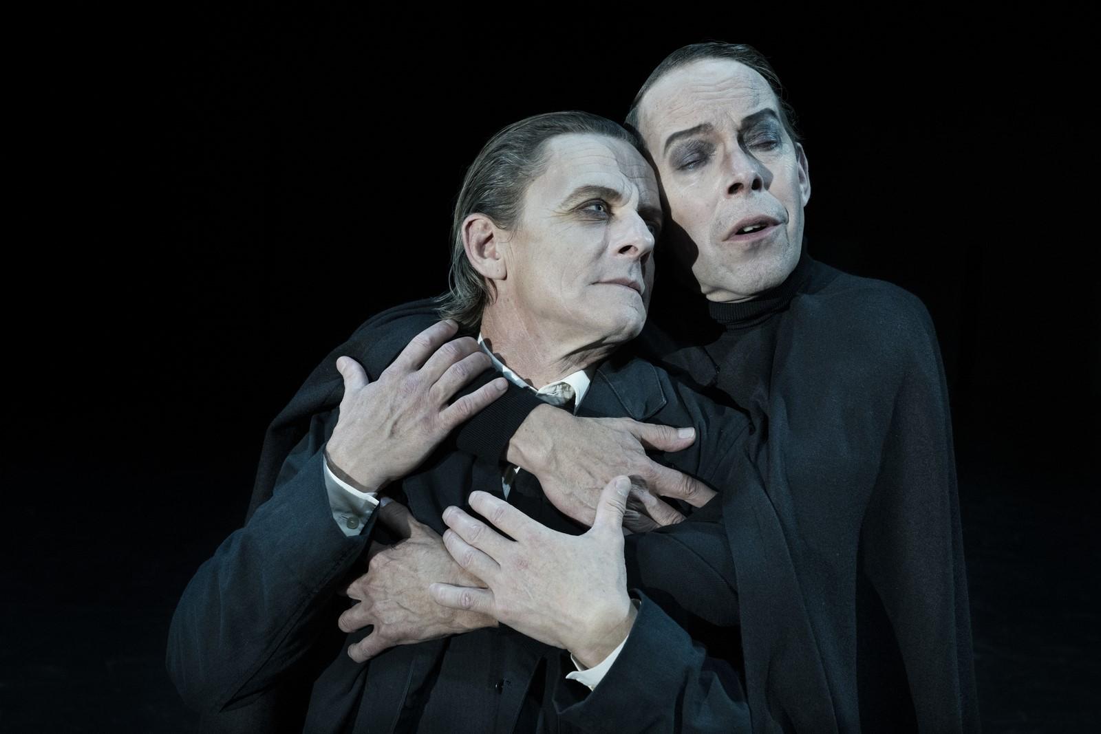 Anmeldelse: Faust, Østerbro Teater, Republique