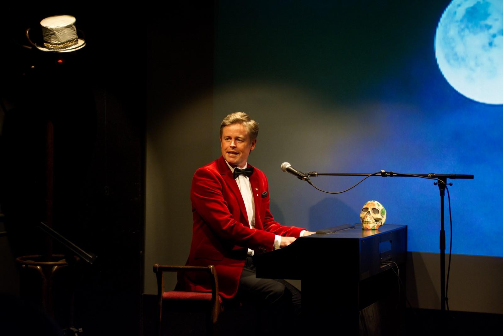 Anmeldelse: Late Night Show, Posthus Teatret