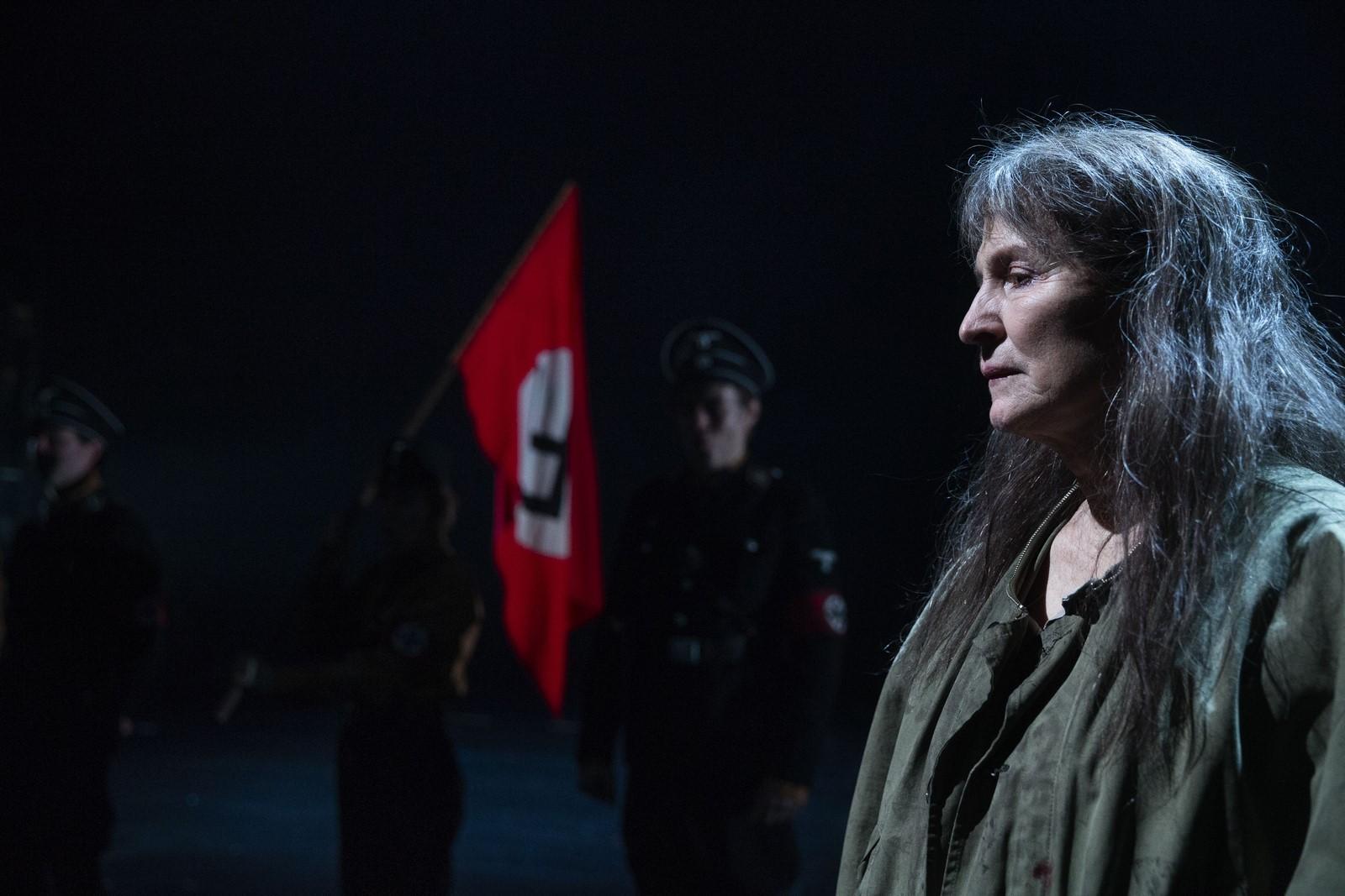 Anmeldelse: Mutter Courage og hendes børn, Det Kongelige Teater
