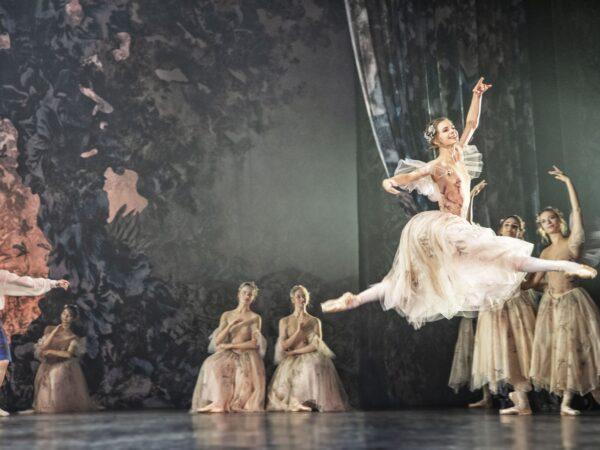Anmeldelse: Sylfiden, Det Kongelige Teater