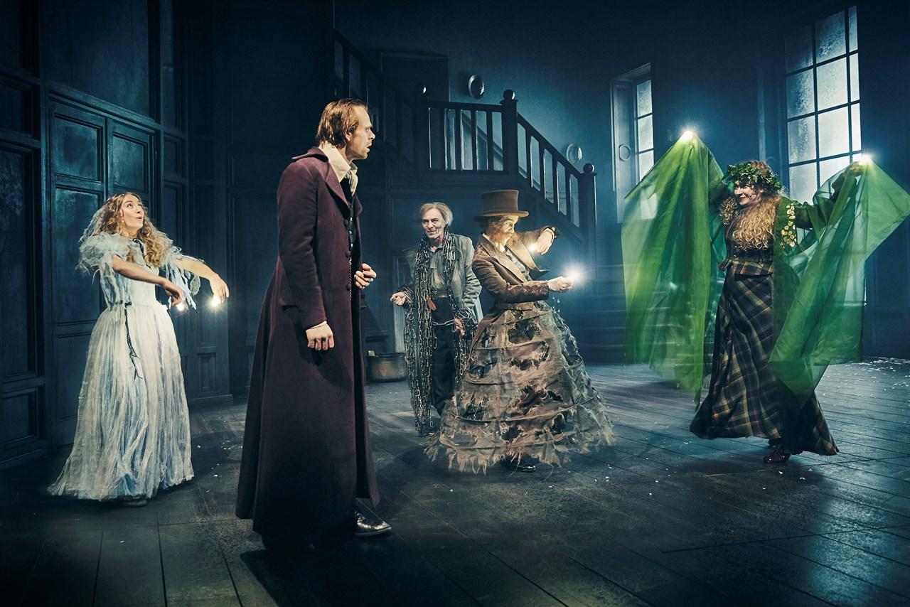 Anmeldelse: Et Juleeventyr, Aarhus Teater