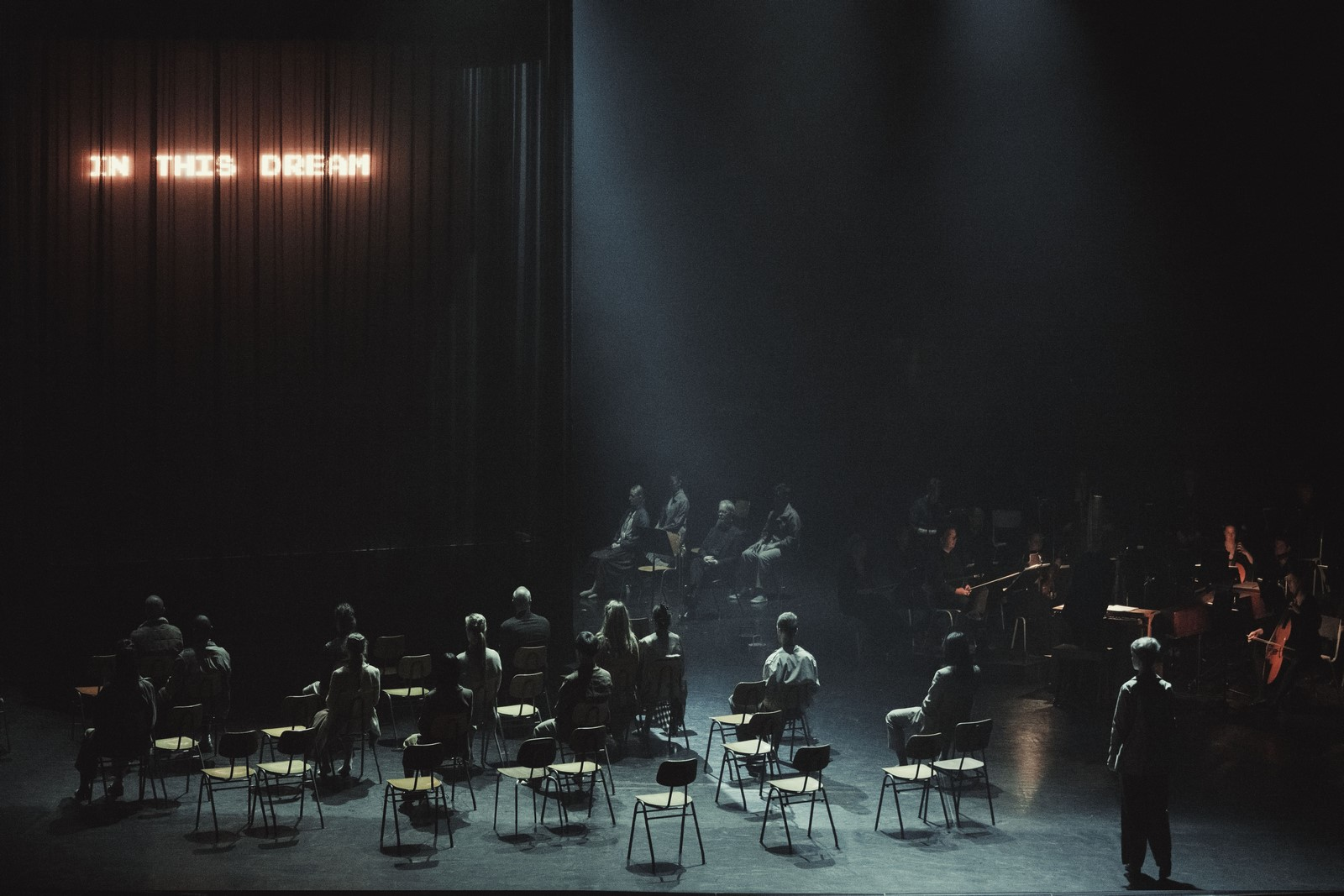 Anmeldelse: Light – Bach Dances, Det Kongelige Teater