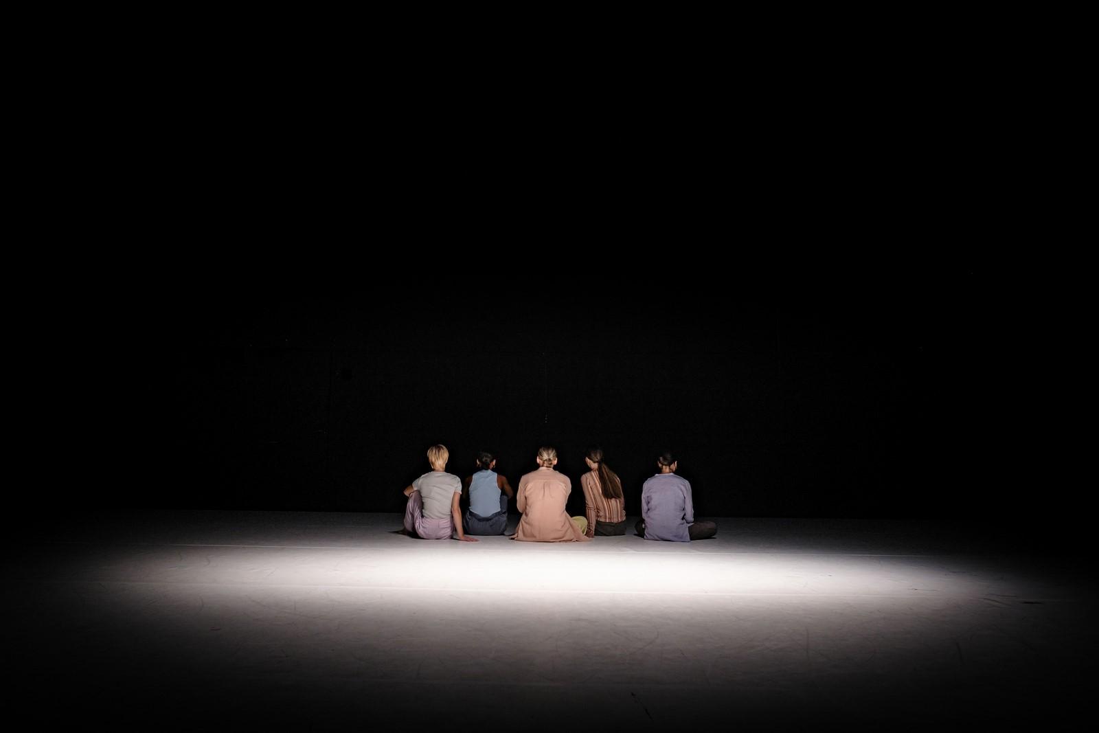 Anmeldelse: Hail to the Good Listener, Det Kongelige Teater (Dansk Danseteater)