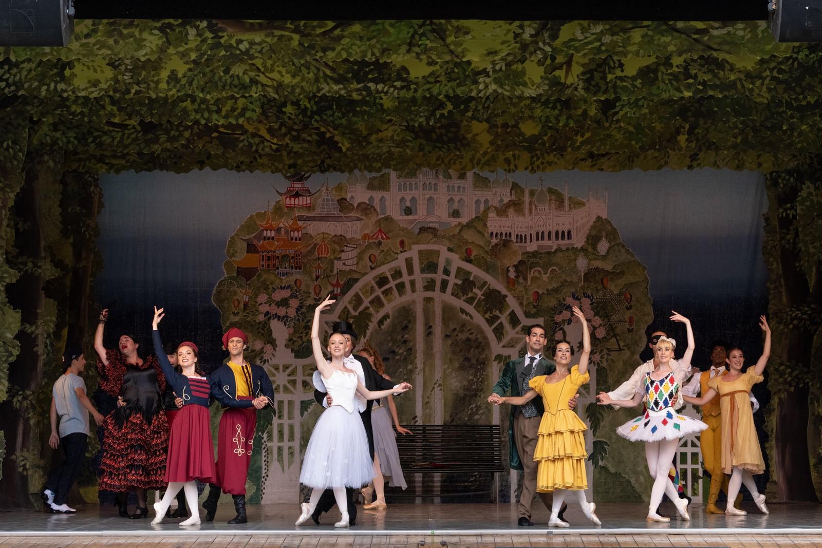 Anmeldelse: Tivolidrømme, Pantomimeteatret, Tivoli (Tivoli Ballet Teater)