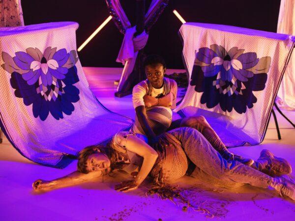 Anmeldelse: Mit arbejde, Husets Teater (Husets Teater og Folkteatern Göteborg)