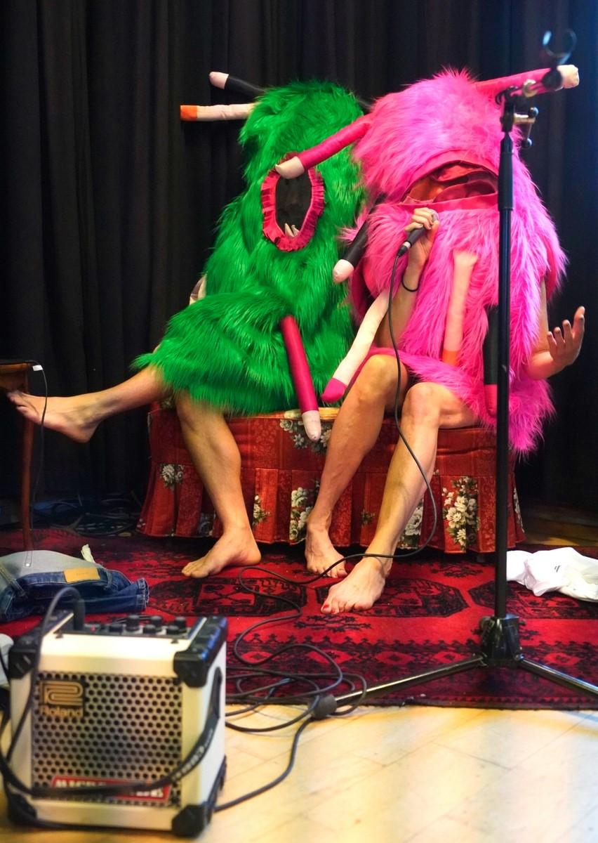 Anmeldelse: History of sexuality, Bora Bora