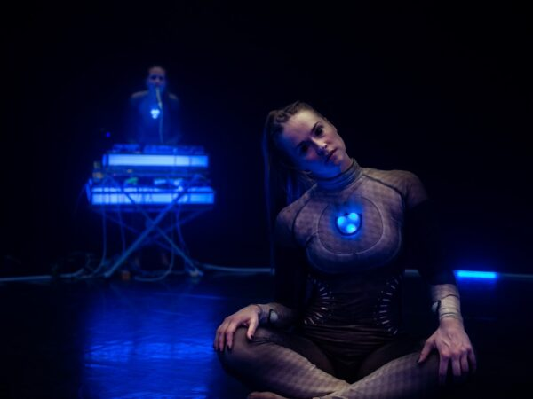 Anmeldelse: SWEET CONSTRUCTED INTIMACY EXPERIENCE, Det Kongelige Teater (The Nordic Beasts Dance Theatre)